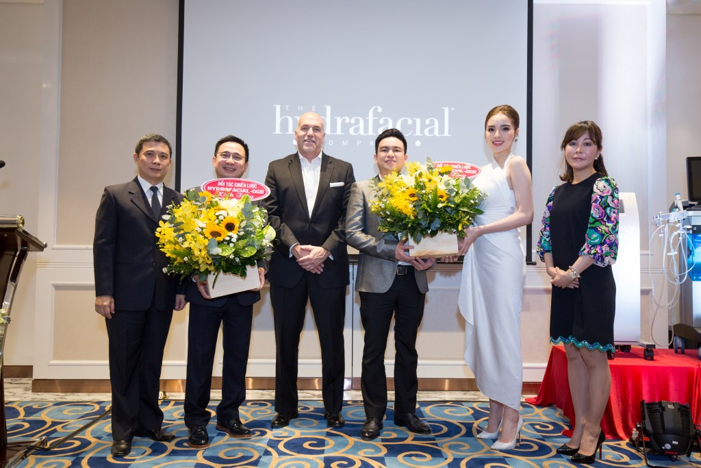 Hydrafacial Event (208 of 870)